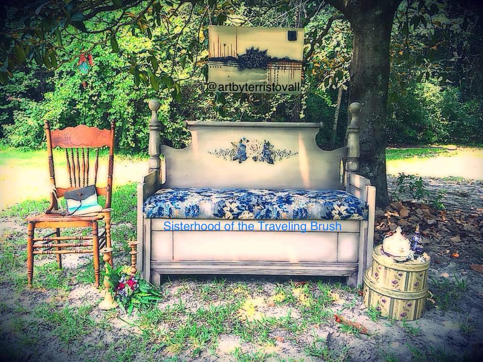 Our Bench from a Headboard Won the Art Central Contest!
