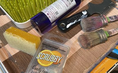 How to Clean and Care for Your Artist Paint Brushes